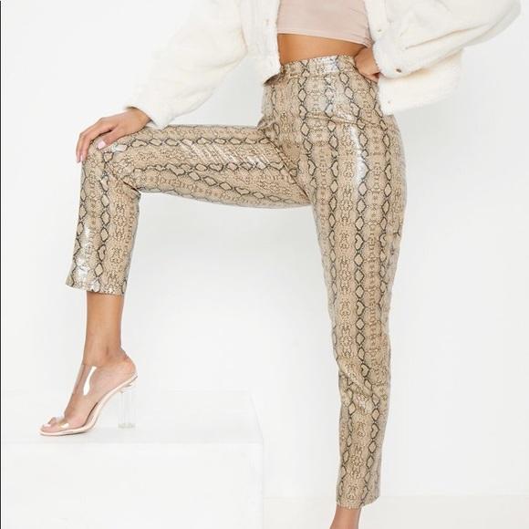 6d89a4ce66af9 ... Leather Snake Print Slim Leg Pants. M 5b7214e634a4ef2825af0c73